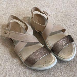Ecco Velcro strap sandals size 37